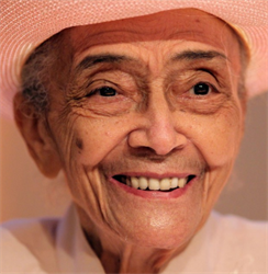 Read more about the article The Honorable Jean Murrell Capers – 2000